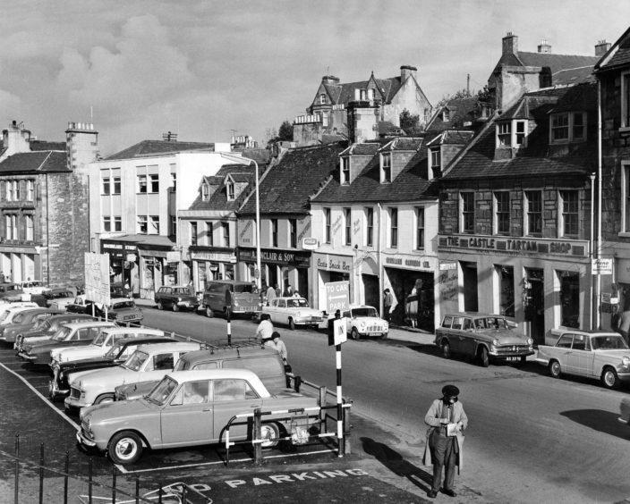 Inverness-Castle-Street-1964-10-17-CAJL-704x564.jpg