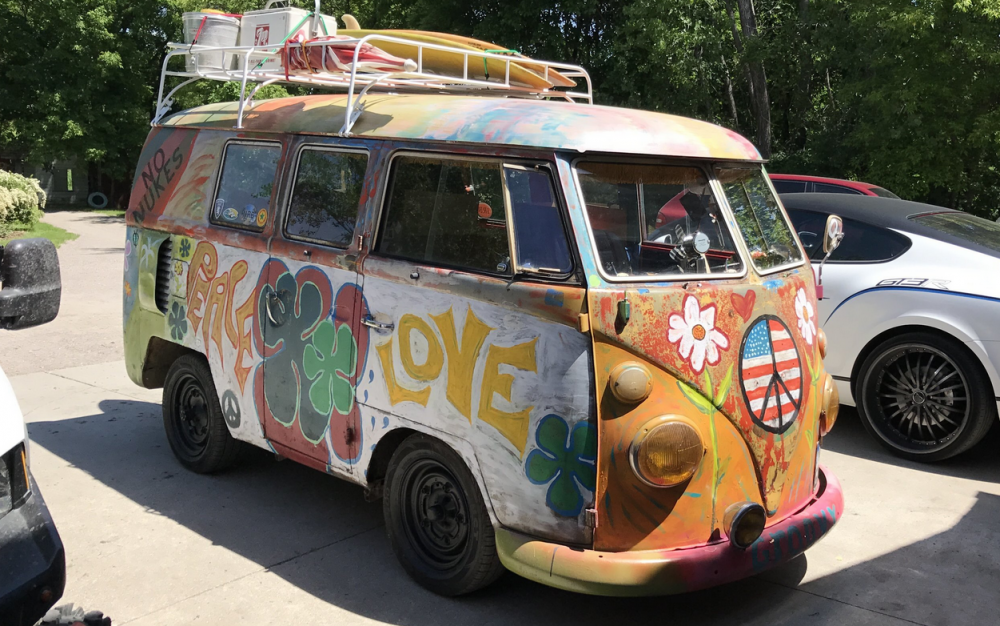 hippie bus.png