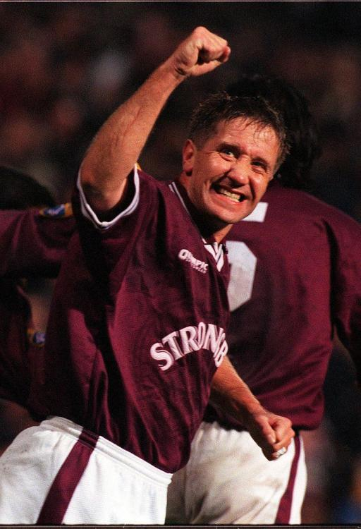 John Robertson scores for Hearts against Hibs.jpg
